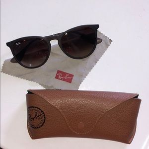 Brand new ray bans never worn